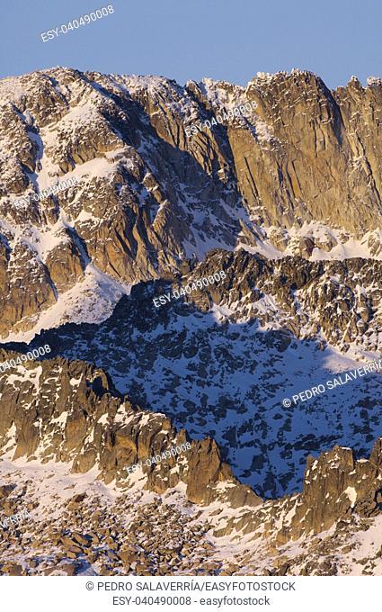 rocky ridge on the southern slopes of the Maladeta Massif, Benasque, Pyrenees, Huesca, Spain