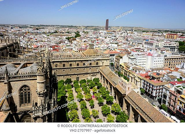 City views from the Giralda (Seville)