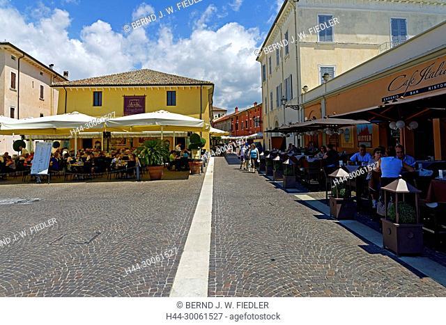 Europe, Italy, Veneto Veneto, Bardolino, via San Martino, bank promenade, Gardasee, plants, place of interest, tourism, trees, street, architecture, building
