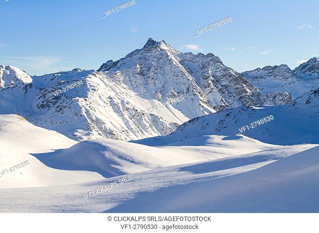 Europe, Italy, Lombardy, Sondrio. Santa Caterina Valfurva peaks winter panorama - Valtellina - Lombardy