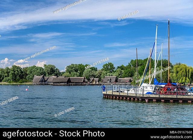 Germany, Baden-Württemberg, Lake Constance, Uhldingen-Mühlhofen, Unteruhldingen, boat harbor, stilt houses