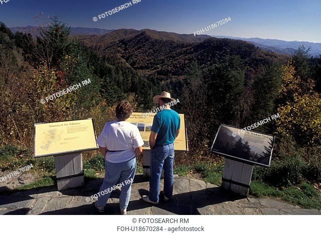 NC, North Carolina, Great Smoky Mountains National Park, Newfound Gap Overlook, fall