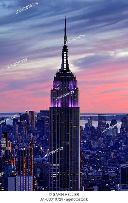 USA, New York City, Manhattan, View of Downtown Manhattan and the Empire State building from the viewing deck of the Rockefeller Center