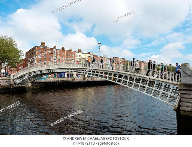 Ha'penny Bridge over the Liffey river, Dublin, Republic of Ireland