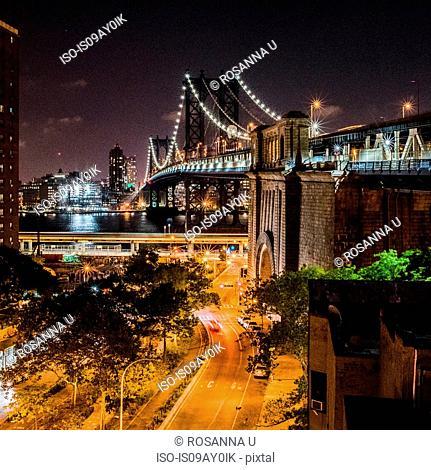 Manhattan Bridge at night, Manhattan, New York, USA