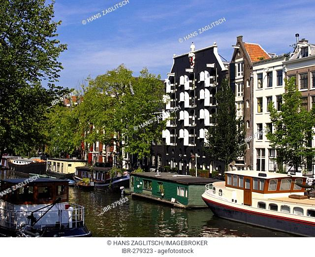 Canal with old houses and houseboats, Amsterdam, Holland, Netherlands