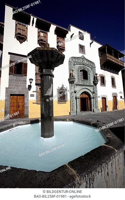 The Casa Colon true the house of Christoph Kolumbus in the Old Town of reading Palmas of the capital the insel grain Canaria on the Canary islands in the...