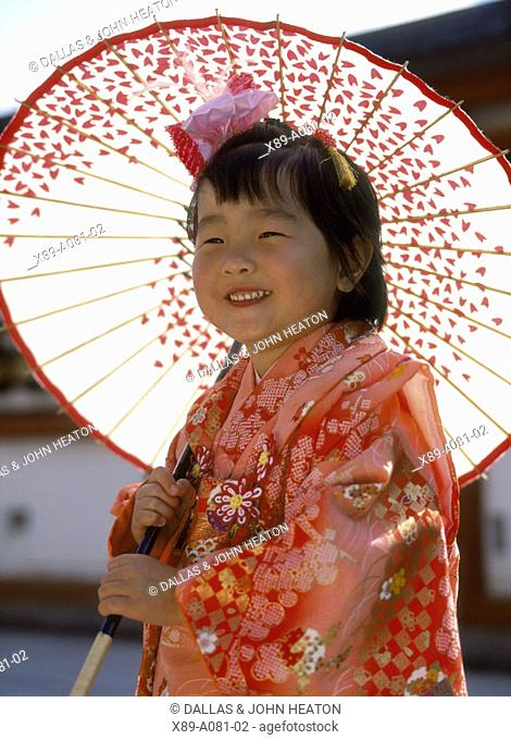Japan, Shichigosan Festival, Young Girl wearing Kimono