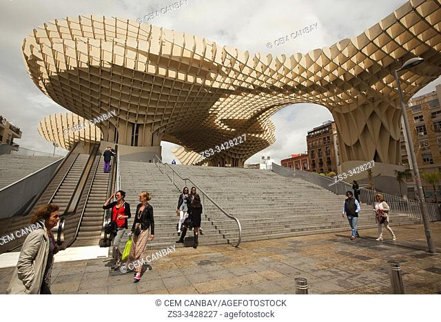 People in front of the Metropol Parasol in Plaza de la Encarnacion Square, Seville, Andalusia, Spain, Europe