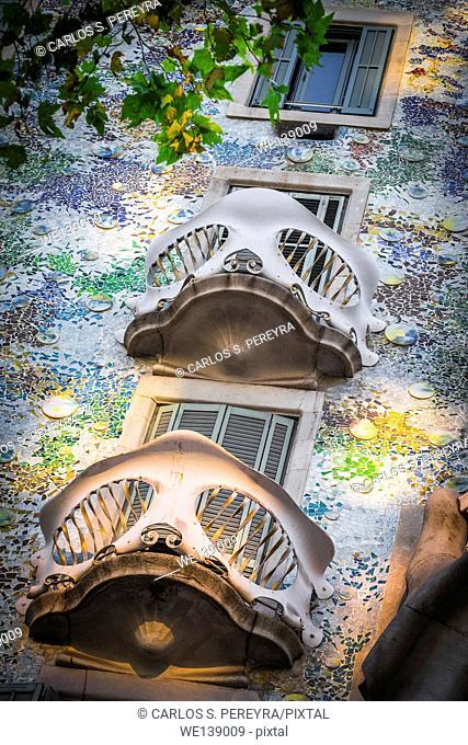 Facade of Casa Batlló, by architect Antoni Gaudi, Barcelona, Catalonia, Spain, Europe