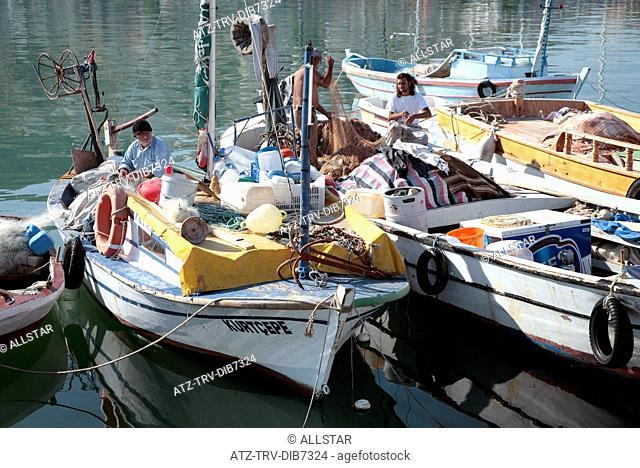 BOATS IN ALANYA HARBOUR; ALANYA, TURKEY; 17/11/2007
