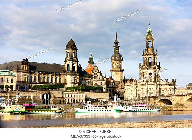 Cruise ship on the river Elbe before the skyline of Dresden, Saxony, Germany
