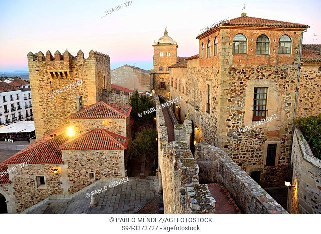 Episcopal palace, Estrella's paraper and Bujaco's tower of Caceres old town, Extremadura, Spain