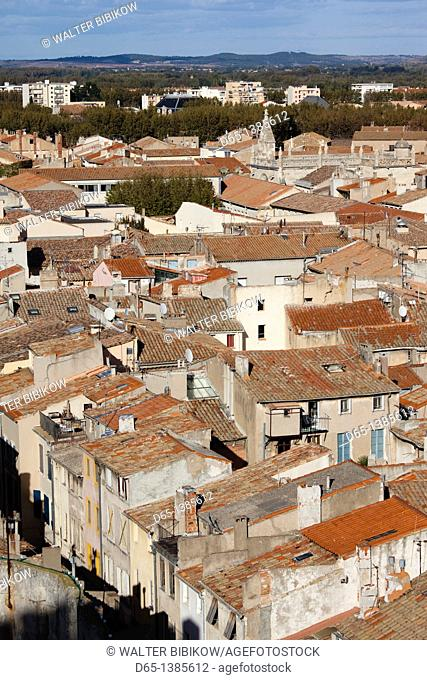 France, Languedoc-Roussillon, Aude Department, Narbonne, town overview from the Donjon Gilles-Aycelin tower