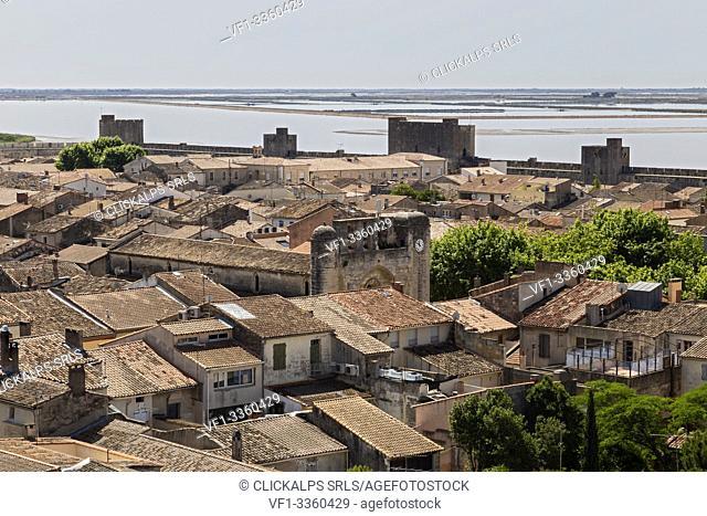 Aigues Mortes, Camargue, Provence, France, Europe. Aigues Mortes village