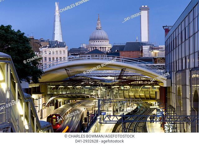 europe, UK, England, London, Farringdon Station dusk Shard and St pauls