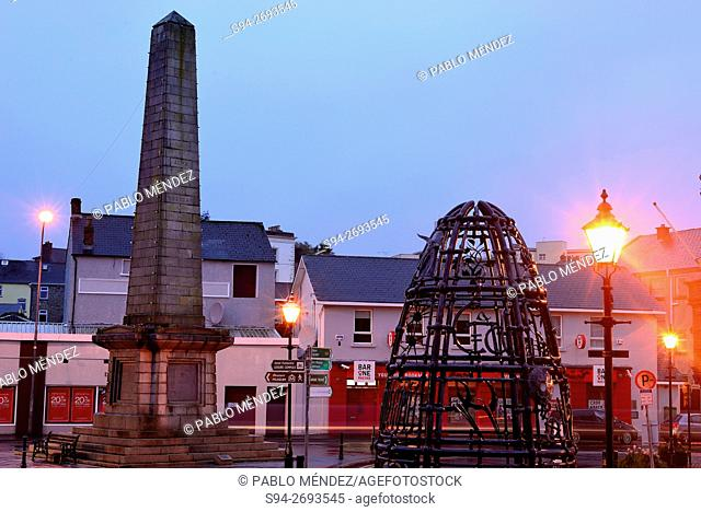Obelisk in An Diamant square of Monaghan, Ireland