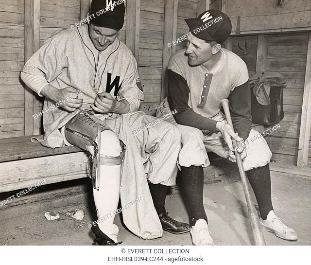 Washington Senators pitcher, Lt. Bert R. Shepard, as Manager Ossie Bluege looks on. March 30, 1945. The veteran pilot lost his lower right leg in WW2