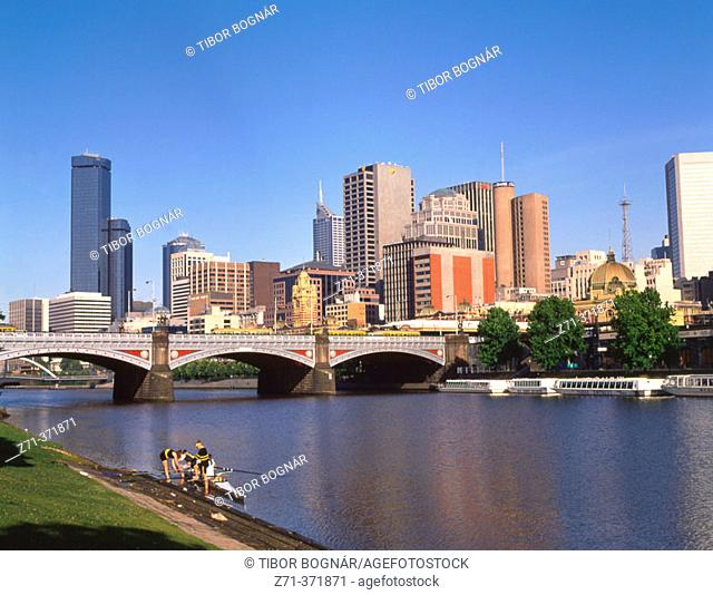 Downtown skyline and Yarra river. Melbourne. Victoria, Australia