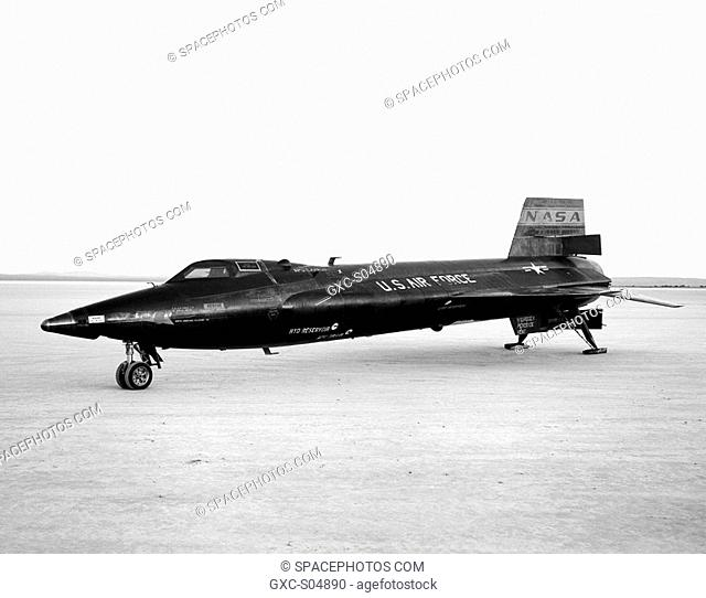The X-15-3 56-6672, seen here on the lakebed at Edwards Air Force Base, Edwards, California, was a rocket-powered aircraft 50 ft long with a wingspan of 22 ft