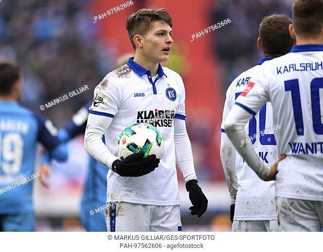 Florent Muslija (KSC). GES/ Fussball/ 3. Liga: Karlsruher SC - VfR Aalen, 02.12.2017 -- Football/ Soccer 3rd Division: Karlsruher SC vs