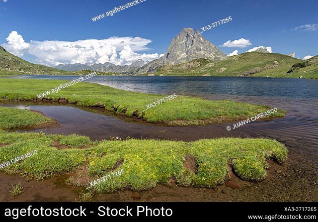 Midi d'Ossau peak and Gentau lake, Pyrenees national park, France