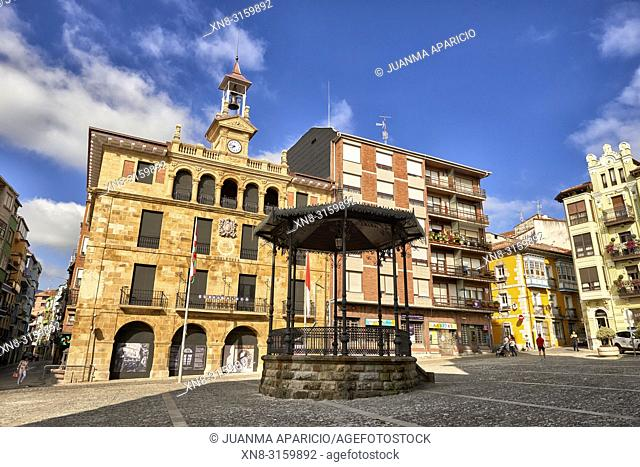 Plaza de Sabino Arana, Bermeo, Biscay, Basque Country, Euskadi, Euskal Herria, Spain, Europe