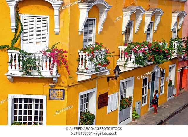 hotel, balconies with pots, Cartagena de Indias, Colombia