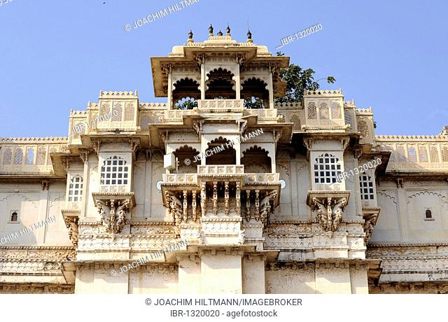City palace of Udaipur, exterior, detail, Udaipur, Rajasthan, North India, India, South Asia, Asia