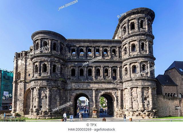 Germany, Rhineland-Palatinate, Moselle, Trier, Porta Nigra