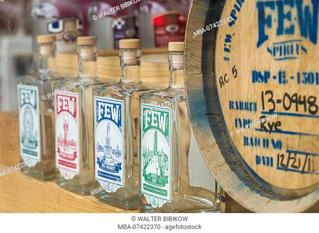 USA, District of Columbia, Washington, Georgetown, whiskey bottles in distillery window