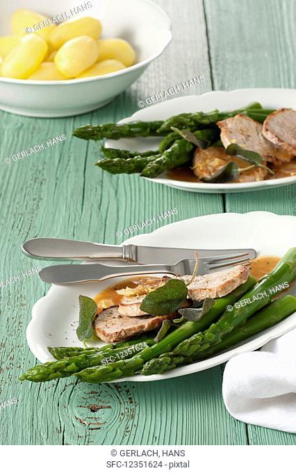 Scaloppine al limone (sliced veal fillets with lemon)