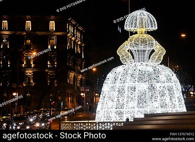 Las Meninas installation in the Plaza de Colon - switching on the traditional Weihafterts lighting in the city center. Madrid 11/26/2020   usage worldwide