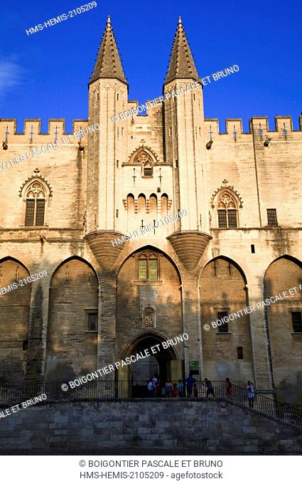 France, Vaucluse, Avignon, historical centre listed as World Heritage by UNESCO, Palais des Papes, Palace Square, main entrance