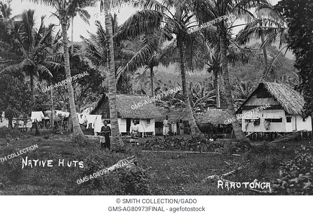 Native huts, Rarotonga, Cook Islands, 1913. From the New York Public Library