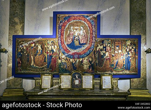 France, Burgundy, Yonne, Sens, museum, Treasurer of the Cathedral, tapestry of the three coronations, 15th