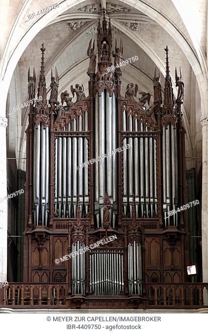 Organ, produced 1852-55, Lucon Cathedral, La Cathedrale Notre-Dame de l'Assomption, Luçon, Vendée, France