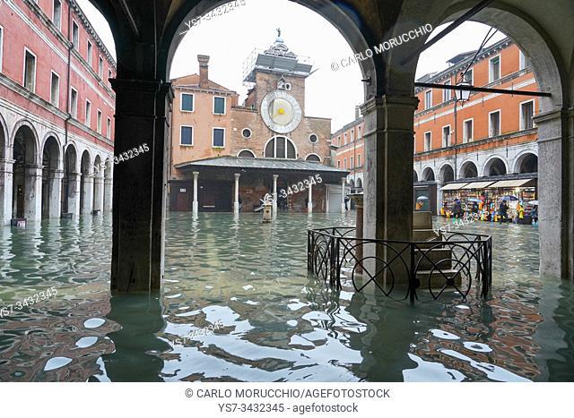 Campo San Giacomo, Rialto, during the high tide in Venice, november 2019, Venice, Italy, Europe