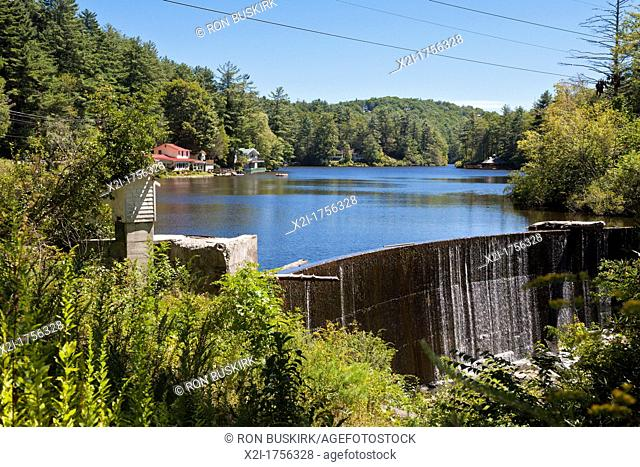 Lake Swquoyah dam at Highlands city limits in North Carolina, USA