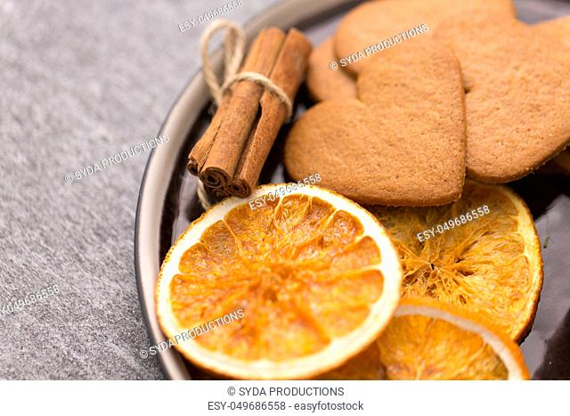 gingerbread with dried oranges and cinnamon