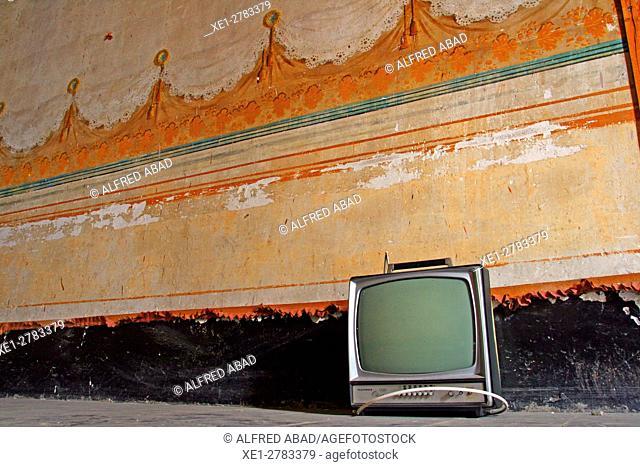 Old TV, Casa Dalmases, Cervera, Lleida province, Catalonia, Spain