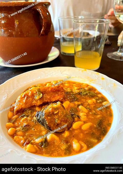 Cocido montañes serving. Cantabria, Spain