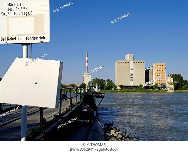 storage on the Danube at Klosterneuburg, hydro electric power plant Duernrohr, Austria, Lower Austria, Danube area, Klosterneuburg
