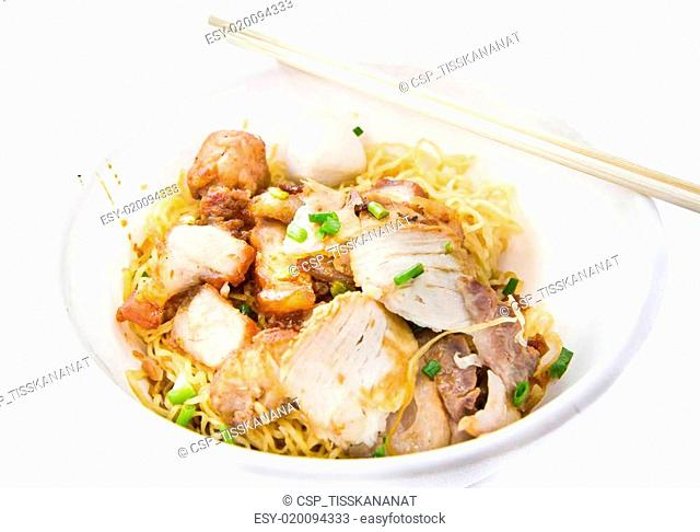 Chinese noodle with pork in bowl