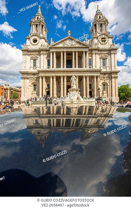 United Kingdom, England, London. St. Paul's Cathedral
