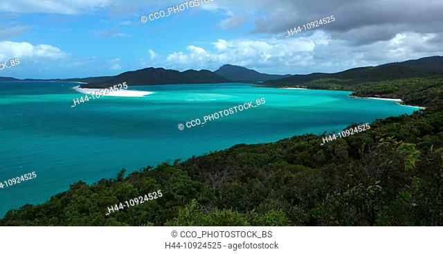 Whitsunday Island, Whitehaven Beach, seashore, sand, white, softy, sea, turquoise, clear, warmly, tropics, dream beach, picture book beach, quiet, lonely, boat