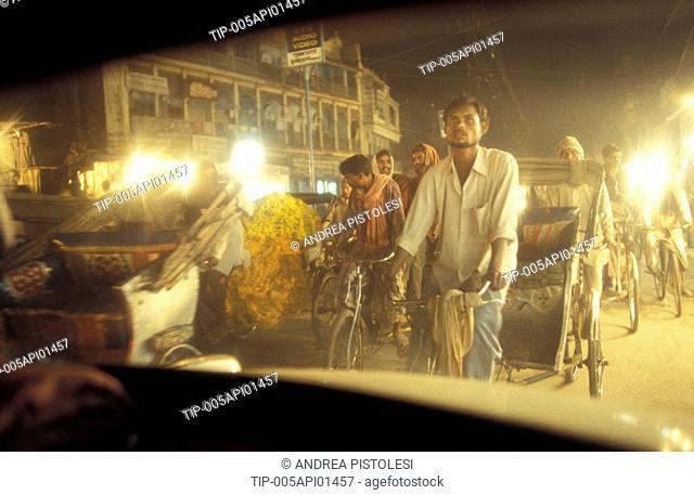 India, Benares, City Traffic