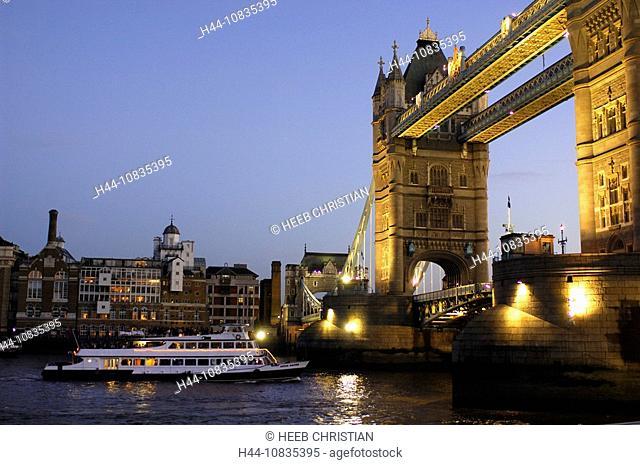 UK, London, Tower Bridge, Thames River, City, Great Britain, Europe, England, dusk, evening, at night, landmark, illum