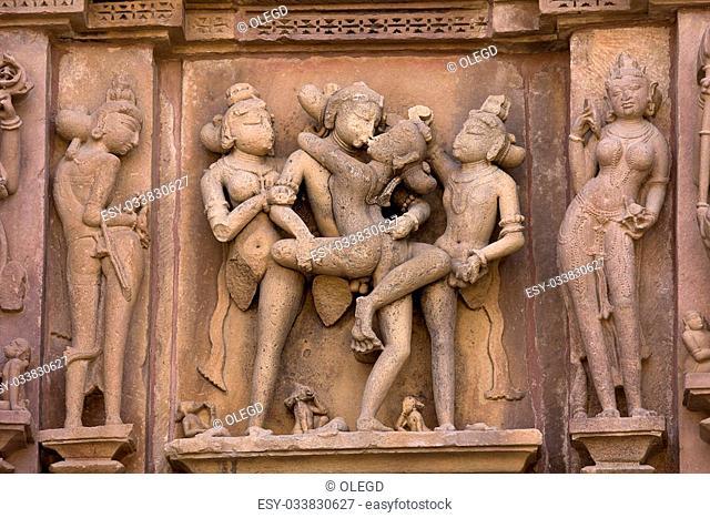 india penis în templu măriți penisul cât mai repede posibil