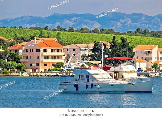 Petrcane village idyllic yachting waterfront